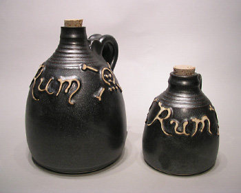 jug-rum-two-sizes-01-s